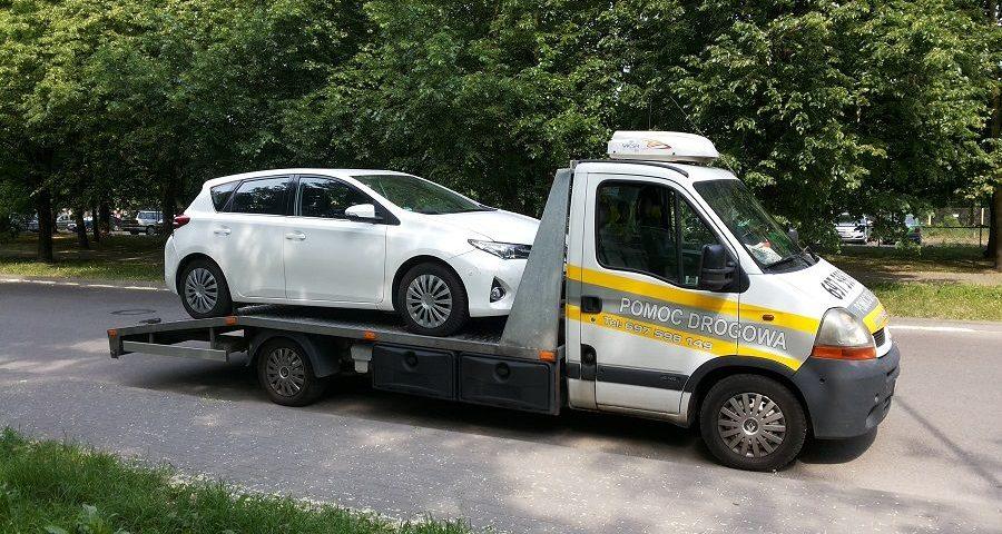 Besthol - pomoc drogowa Warszawa 24h. Dlaczego warto korzystać z pomocy drogowej? W przypadku nagłej awarii zapraszamy do kontaktu. Tel. 697-598-149