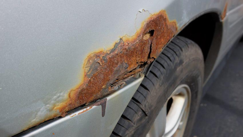 korozja samochodu rdza