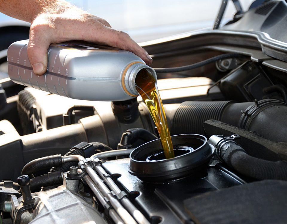 wymiana oleju i filtra oleju besthol warsztat samochodowy warszawa