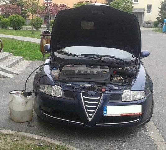 Wypompowanie źle zatankowanego paliwa i osuszanie baku 2