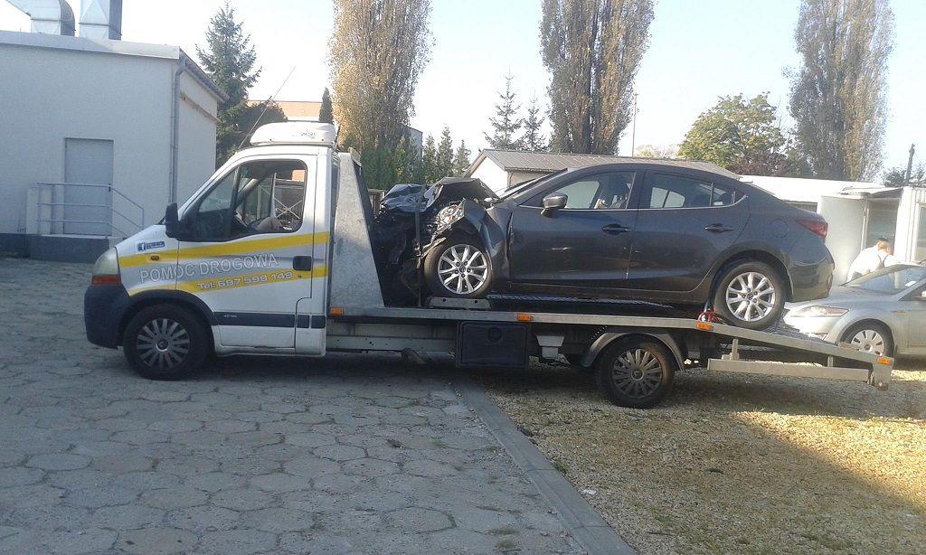 Holowanie auta powypadkowego w Warszawie 3