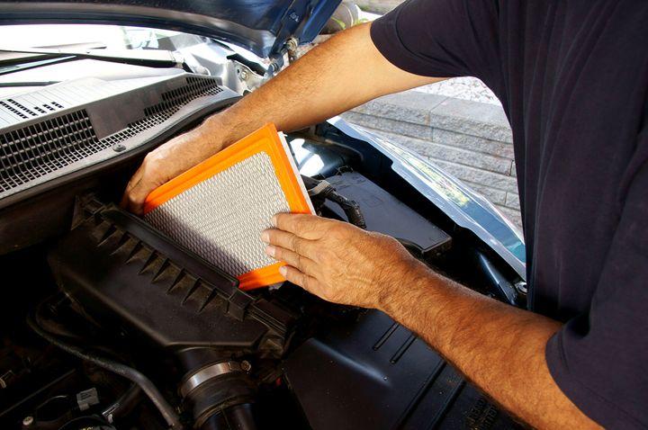 Kiedy wymienić filtr powietrza, paliwa, oleju, filtr kabinowy, klocki hamulcowe i inne elementy eksploatacyjne? 4