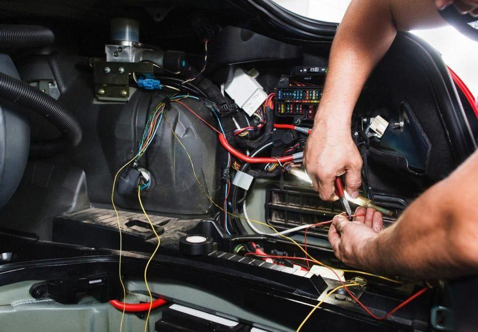 elektryk samochodowy warszawa