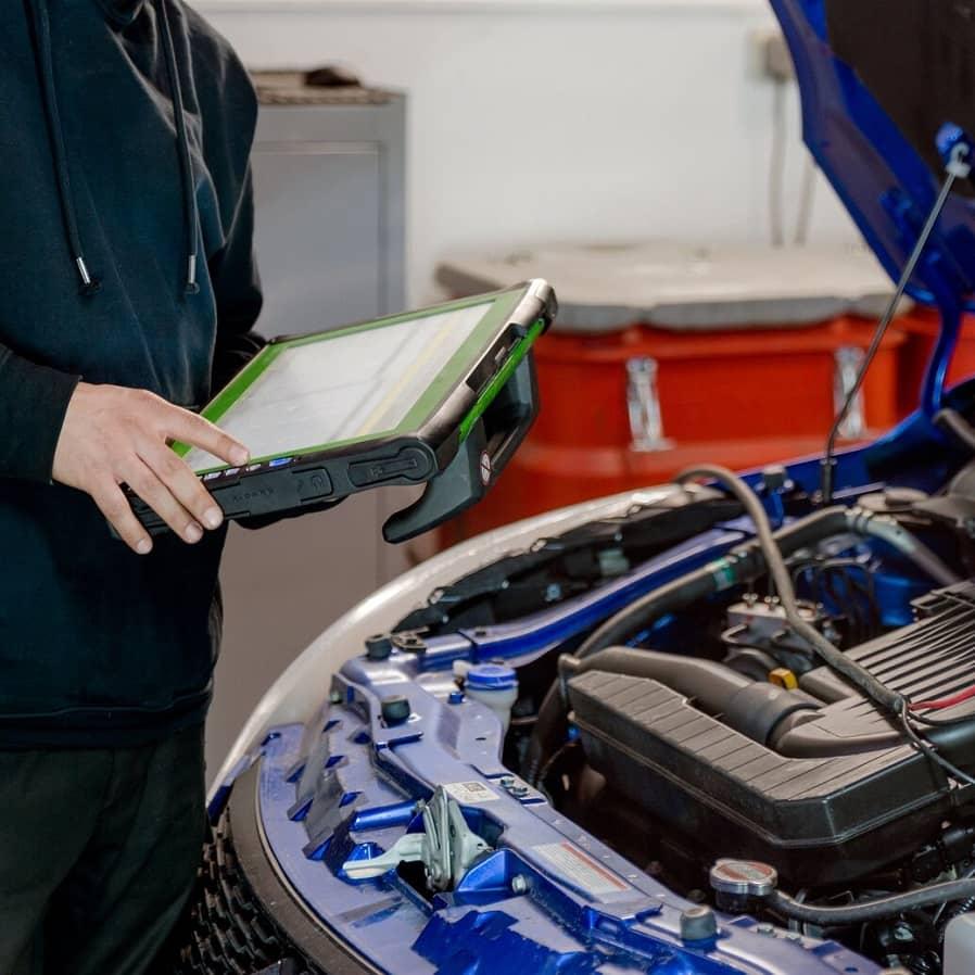 elektryk samochodowy z warsztatu samochodowego besthol w warszawie