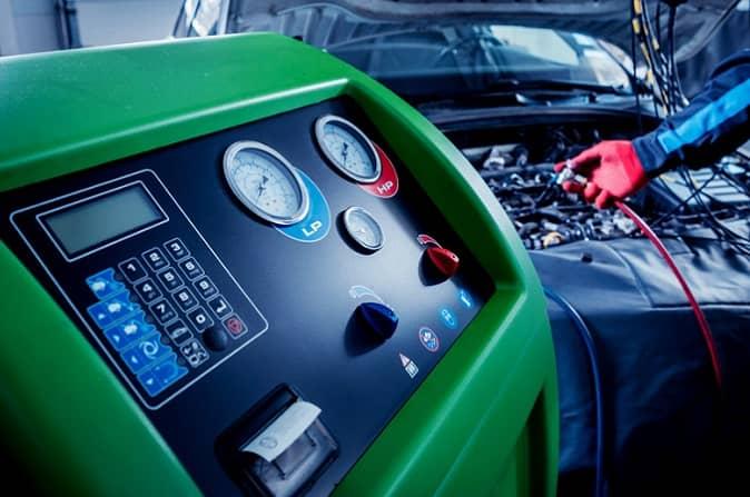 serwis klimatyzacji samochodowej w warszawie - warsztat besthol